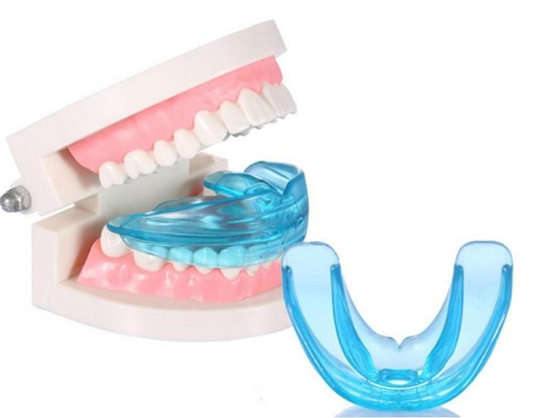 niềng răng silicon