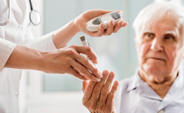 Độ Tuổi Nào Thích Hợp Để Cấy Implant? Cấy Implant Có Giới Hạn Độ Tuổi Không? - ảnh 9