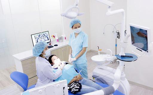 Bị Mất Răng Nên Làm Cầu Răng Sứ Hay Cấy Ghép Implant - ảnh 11