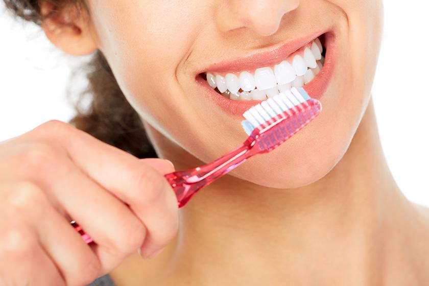 Bọc Răng Sứ Có Được Vĩnh Viễn Không? Nha Khoa Quốc Tế Á Châu - ảnh 7