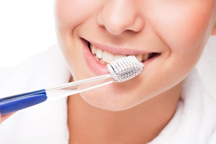 Lấy Cao Răng Có Làm Hỏng Men Răng Không? – Nha Khoa Quốc Tế Á Châu - ảnh 6